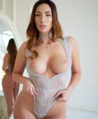 Naomi Glamour