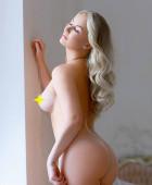 Mariana Sexy Blonde